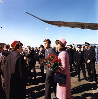 Jackie in Dallas 22 Nov 63